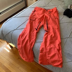 Volcom women's ski pants modern straight